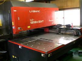 LC-1212(レーザー加工機)